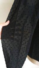 画像7: ¥ご奉仕価格¥《即納品》マニッシュブラウス、立体水玉、ブラック (7)