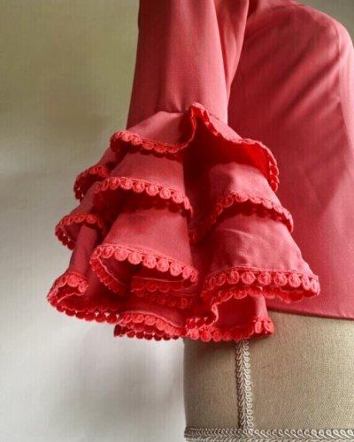 画像1: 《即納品》フリル3段、袖テープ飾り