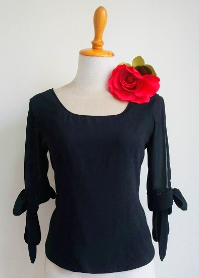 画像1: SALE《即納品》変わり袖、袖口リボン、ブラック (1)