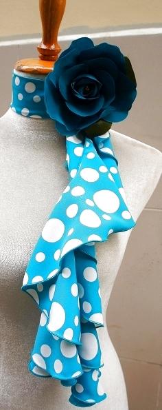画像1: スカーフ、スパイラル、ブルー水玉 (1)